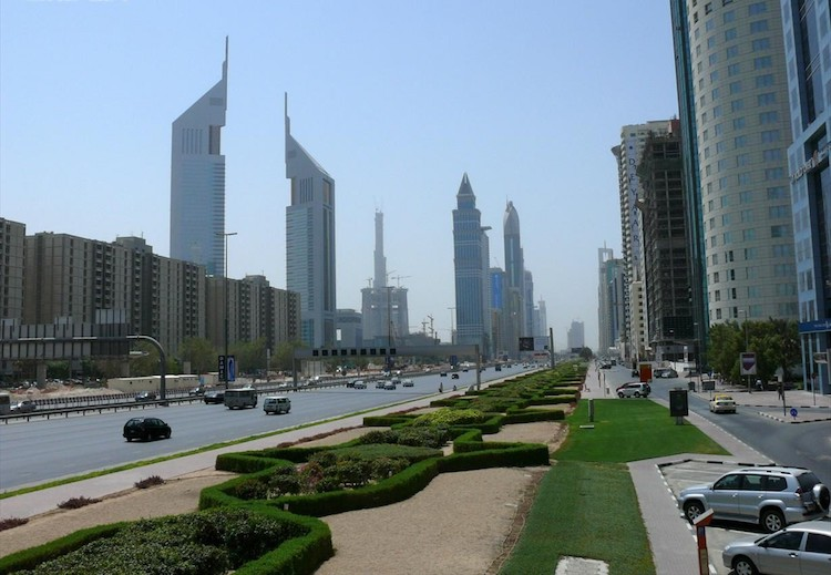 Photo: Sheikh Zayed Road and its skyscrapers in Dubai, United Arab Emirates on 14 September 2007. Credit: Wikimedia Commons
