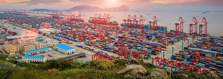 Photo: The latest edition of the Asia-Pacific Trade and Investment Report underscores concern for weak trade performance in the region as well as the issues related to investment and trade costs. Image credit: ESCAP