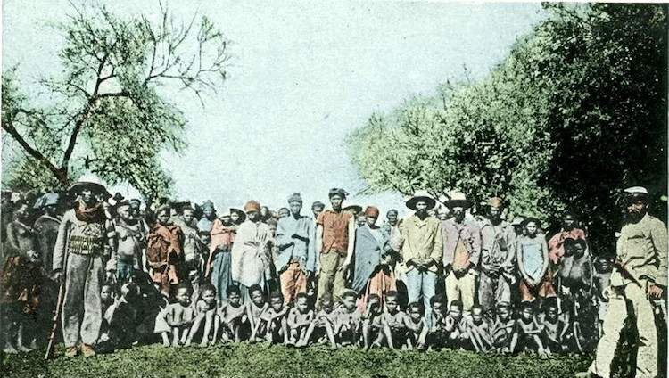 Photo: Herero prisoners of war, around 1900. Credit: The German Federal Archive | Wikimedia Commons.