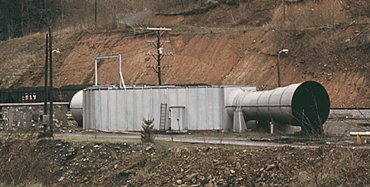 Photo: Fan, Virginia Coal Mine Ventillation. Credit: Wikimedia Commons