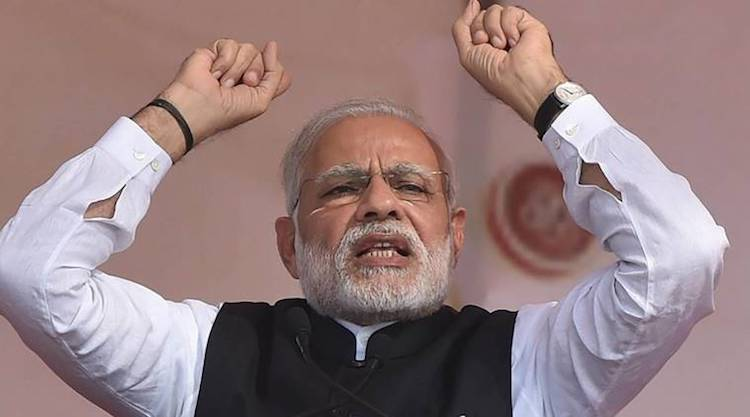 Photo: In last six quarters, the economy under Prime Minister Modi sank from 9.2 per cent to 5.7 per cent, according to the Congress Party. Courtesy: PTI.