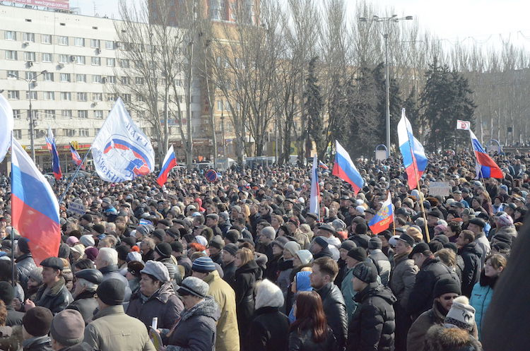 Photo: Pro-Russian protesters in Donetsk, an industrial city in Ukraine, 9 March 2014. Credit: Wikimedia Commons.